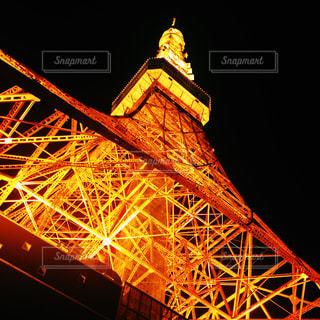 クロック タワーは夜ライトアップ - No.868532