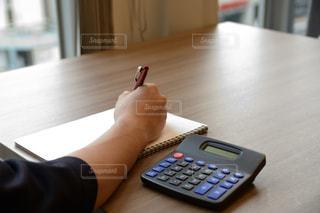 節約、会計、税金の写真・画像素材[2441033]