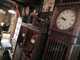 大きなアンティーク時計の写真・画像素材[870536]