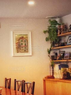 部屋の家具や装飾でいっぱいの写真・画像素材[1317585]