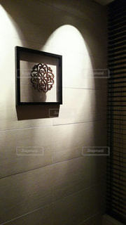 玄関前の飾りの写真・画像素材[1402181]