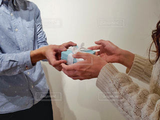 ホワイトデーにプロポーズ!?の写真・画像素材[1811029]