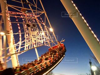 夜の遊園地の写真・画像素材[1350742]
