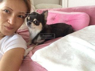 愛犬と私の写真・画像素材[877357]