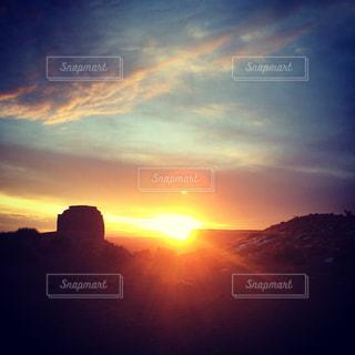 日の出の写真・画像素材[877070]