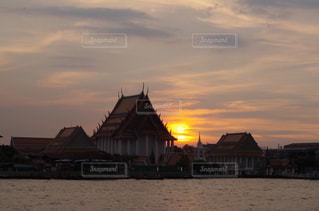 バンコクの夕暮れの写真・画像素材[877170]