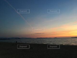 夕焼け空のビーチ - No.880423