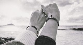 2人の海の写真・画像素材[880937]
