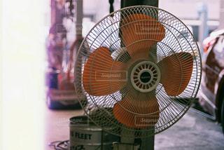 オレンジファンの写真・画像素材[880959]