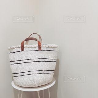 白のバッグの写真・画像素材[882864]