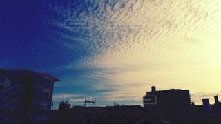 青空と夕日の写真・画像素材[909208]