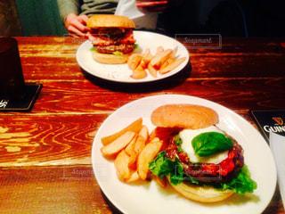 ハンバーガーの写真・画像素材[884531]