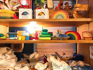 本棚は本でいっぱいの写真・画像素材[941814]