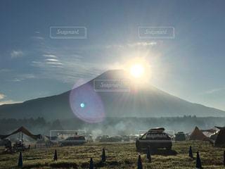 富士山に抱かれて迎えた朝 - No.883384
