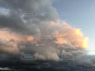 空のオーケストラの写真・画像素材[883643]