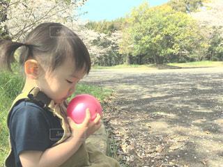 ボール遊びの写真・画像素材[1098418]