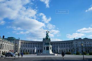 ウィーン  ホーフブルク王宮外観の写真・画像素材[883823]