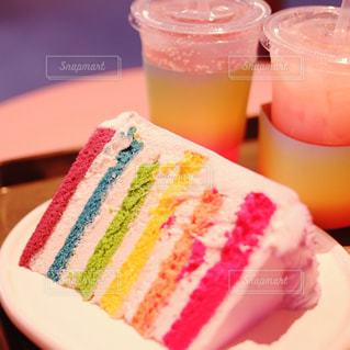 レインボーケーキの写真・画像素材[893128]