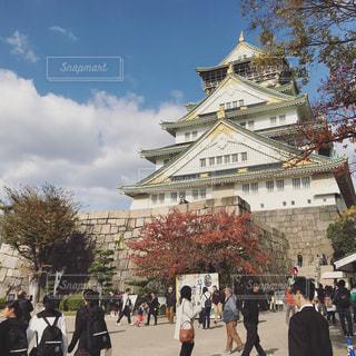 秋の大阪城の写真・画像素材[885033]