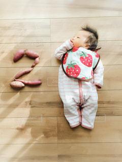 赤ちゃん記念写真の写真・画像素材[886238]