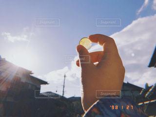 カメラ女子の休日の写真・画像素材[996419]