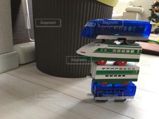子供が積んだ新幹線の写真・画像素材[921075]