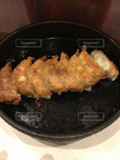 鉄鍋餃子の写真・画像素材[887765]