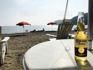 ビーチでビール - No.887929