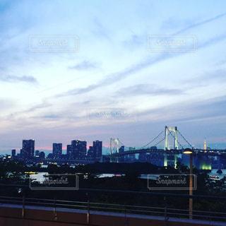 紫色の空の写真・画像素材[895041]
