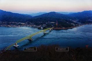 島に架かる橋の写真・画像素材[901266]