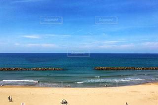 夏の浜辺の写真・画像素材[912008]