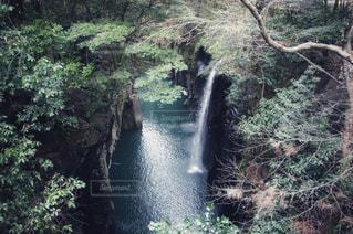 高千穂峡に注ぐ滝 - No.925885