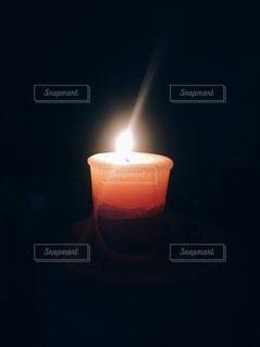 夜はライトアップ キャンドルの写真・画像素材[911898]