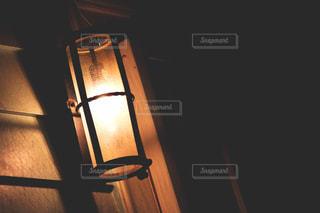 夜はライトアップ ランプの写真・画像素材[1596686]