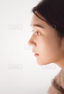 女の子の横顔の写真・画像素材[1668216]
