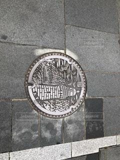 出雲駅前のマンホール - No.937906
