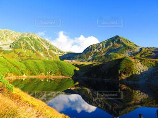 山のビューの写真・画像素材[897938]