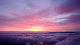 近くに空には雲の上 - No.901421