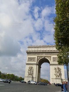 大規模な石造りの建物の写真・画像素材[906671]