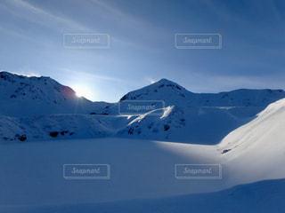 雪に覆われた山 - No.910962