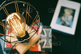 ランプの光の写真・画像素材[2397510]