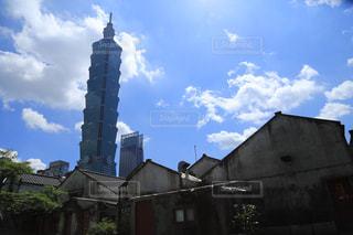 晴天の台北101の写真・画像素材[896113]