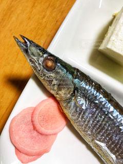 焼き秋刀魚の写真・画像素材[1663763]