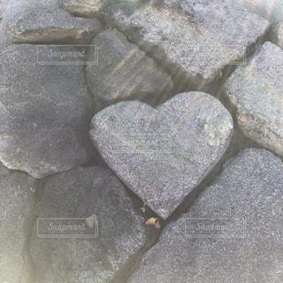 ハートの石の写真・画像素材[901071]