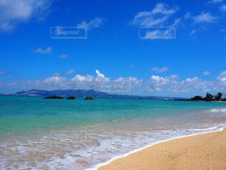 沖縄の海・瀬底ビーチ - No.897295