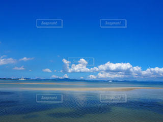 沖縄の海・癒しの幻の島 - No.897592