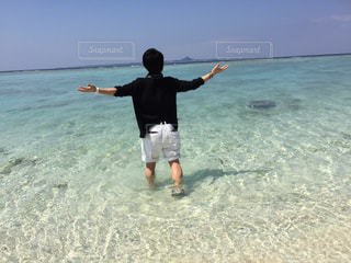 沖縄の海・瀬底ビーチ - No.899428