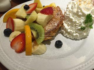 果物たくさんのパンケーキ - No.899714