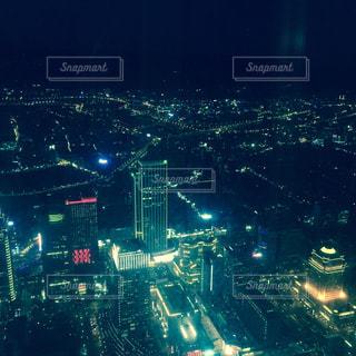 夜の街の景色の写真・画像素材[900403]