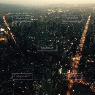 夜の街の景色の写真・画像素材[900404]